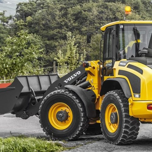 volvo-show-compact-wheel-loader-l45h-t4f-star-picture-2324x1200